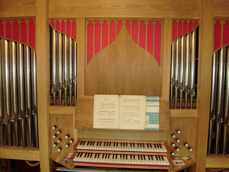 Organ and keyboard